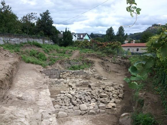 Escavacao Via Cova 2